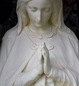 Mother Mary praying